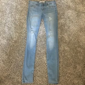 Light Wash Ripped Super Skinny Jeans